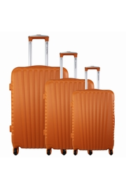 Avec le pack de 3 valises Lukas , vous serez équipé pour