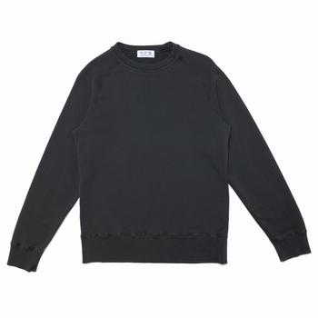 La marque de sportswear américaine Velva Sheen réalise