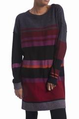 La robe maille rayée Sonia Rykiel est une robe droite à col