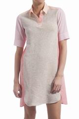 Robe bi matière, col chemise avec 3 boutons. Manches courtes