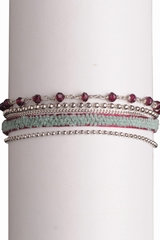 Bracelet multi rangs coton, pierres et chaines. Se ferme