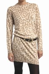 Robe imprimée léopard A.P.C, col rond, manches longues. 85%