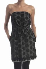 La robe bustier dentelle vichy See By Chloé est une robe