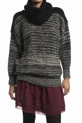 Pull maille large col rond Gat Rimon, manches longues. Col