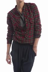 La blouse Note Laurence Doligé est une blouse à carreaux à