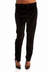 Pantalon velours, 4 poches et des passants pour la ceinture.