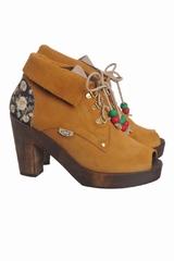 Les chaussures Sylvie Dolfie sont des chaussures à talons en