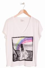 T-shirt Leon & Harper Torino imprimé, col V et manches