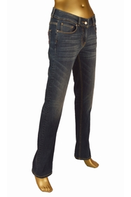 pantalon en denim 5 poches , confortable coupe droite. joli