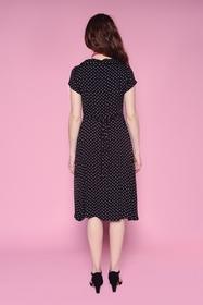 Coquette robe à pois finement texturé. Col V/chemisier et