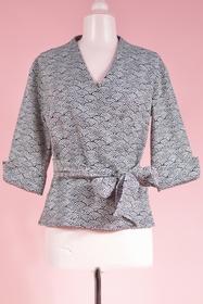 Inspiration japonaise pour cette veste cache-coeur en