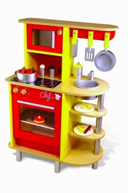 My maxi kitchen with utensils. A nice kitchen red wood