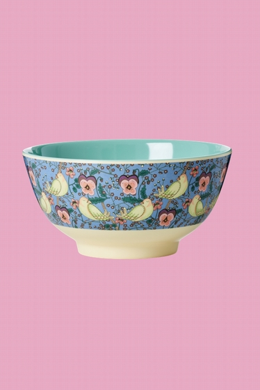 This bowl is great for cereals, soup, a salad or a big pack