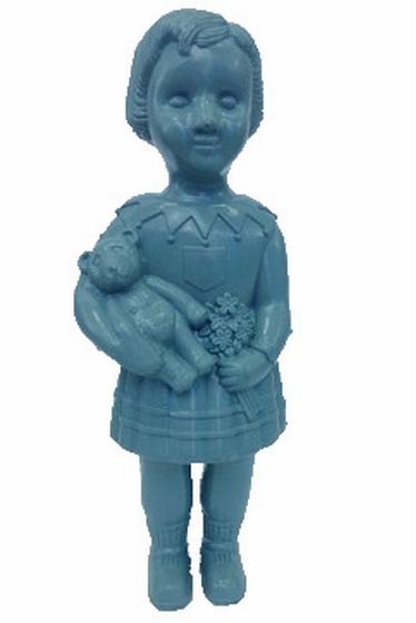 Imite une vraie poupée, n'est pas un jouet, mais objet de