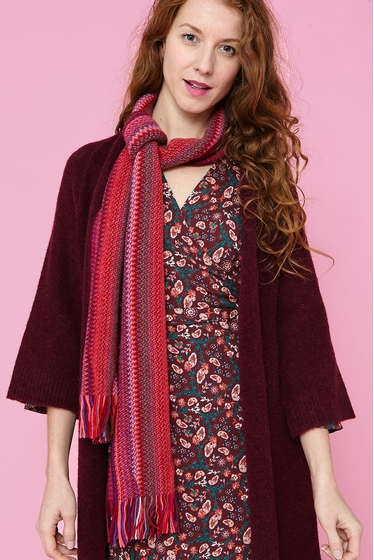 Soft and colorful scarf. <br><br> For a total colorful look