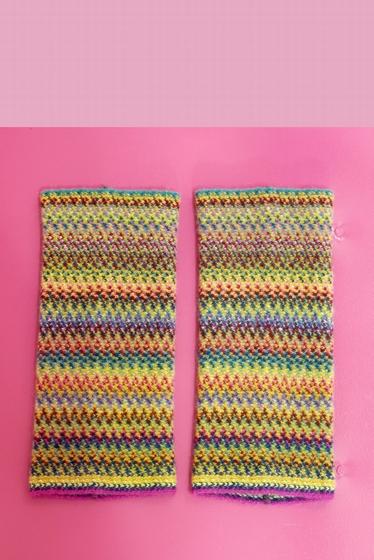 Manchettes douces et colorées.<br><br> Pour un total look