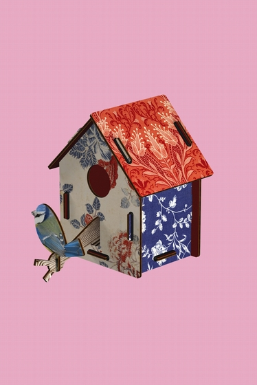 Bird house Enjoy the crumbs Miho. A poetic and fantaisite