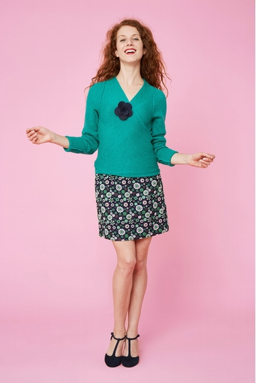 Timeless crossed cardigan made with mohair. V-crossed collar