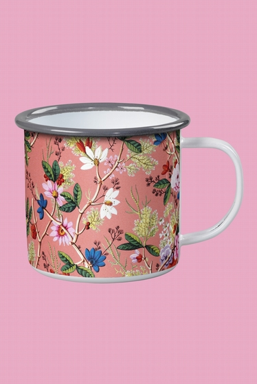 Flower patterned mug <br> <br> Most of the time, we put