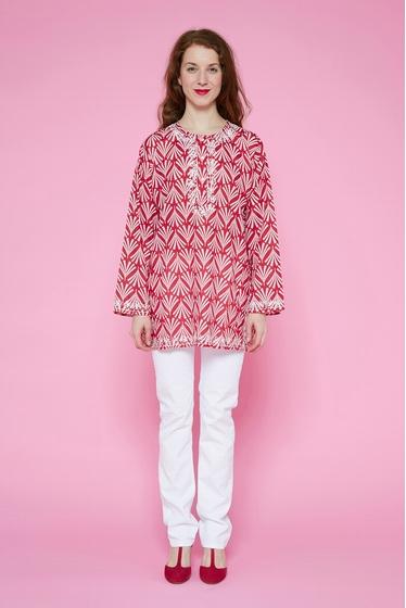 La Kurta (chemise - tunique en voile de coton léger ) est un