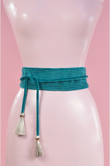 ceinture en velours 100% cotton. longueur partie large : 57