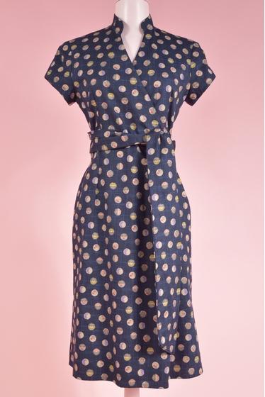 robe cache-coeur imprimée. longueur : 106 cm. 100% coton.