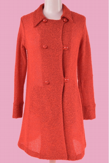 Nice wool and mohair coat. Free collar and long sleeves. 2