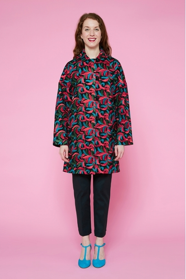 Gorgious 100% wool coat entirely embroidered with ottoman