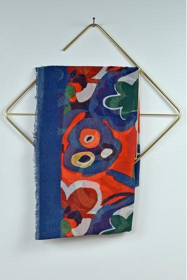 100x200 cm. 55% coton - 45% modal. foulard fabriqué en Inde.