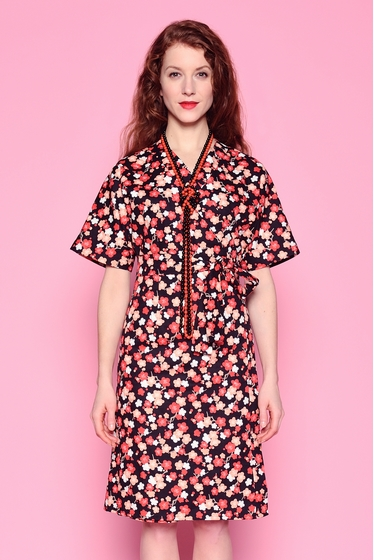 Oversize dress with a traditional japanese pattern. Boat