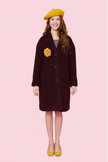 For a warm winter, nice, cosy and wool coat. 3 buttons