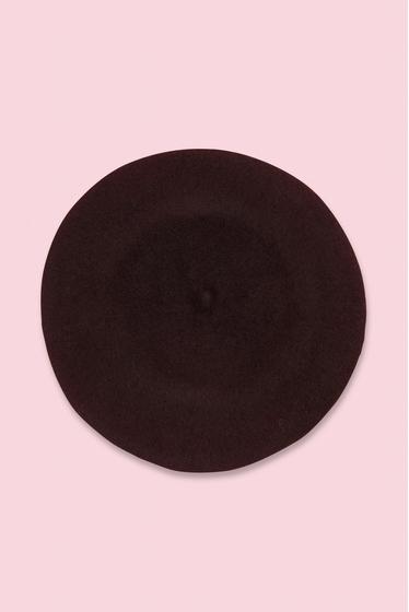beret. diameter : 27 cms. 100% Wool. Made in Czech Republic