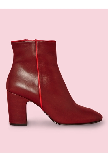 Last born at Antoine & Lili, these leather boots feature a