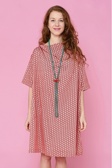 Nice oversized dress with patterns, large and short