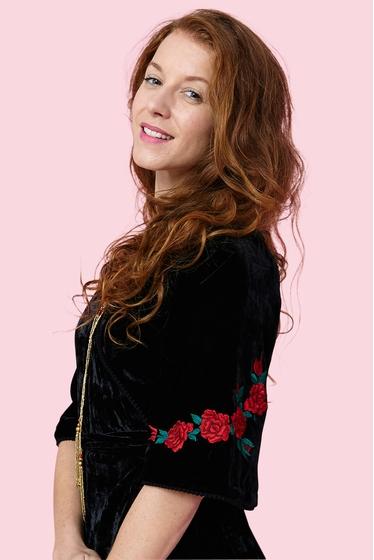 Pretty embroidered crosssed dress, black velvet. V-neck and