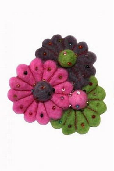 Broche à fleurs pour colorer vos tenues, couleurs