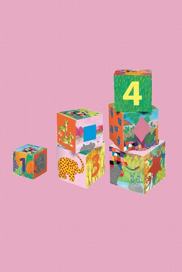 Six ELMER cubes for kids. Made of strong cardboard, size of
