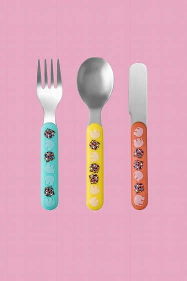 Set of 3 cutlery to start eating alone.<br> Consisting of a