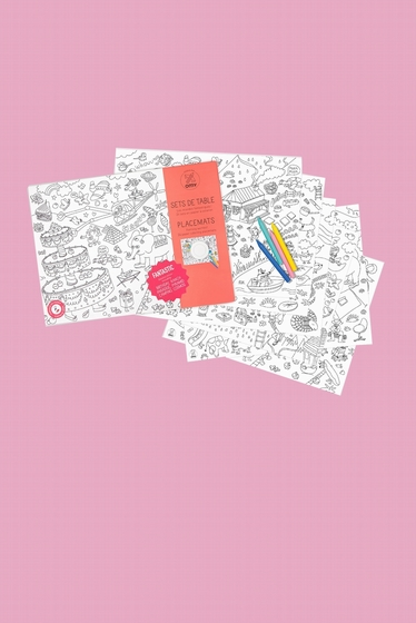 Share the coloring paper placemats.<br> Ideal for birthday