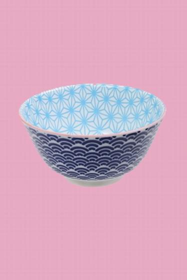 Bol en porcelaine fabriqué au Japon. Frais et lumineux,