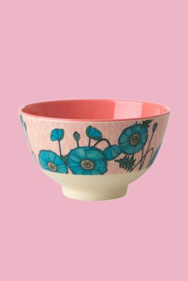 Ce bol est génial pour les céréales, la soupe, une salade ou