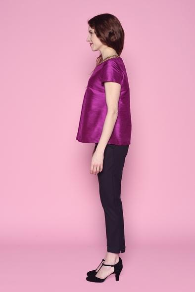 Haut léger et très agréable à porter, en soie sauvage