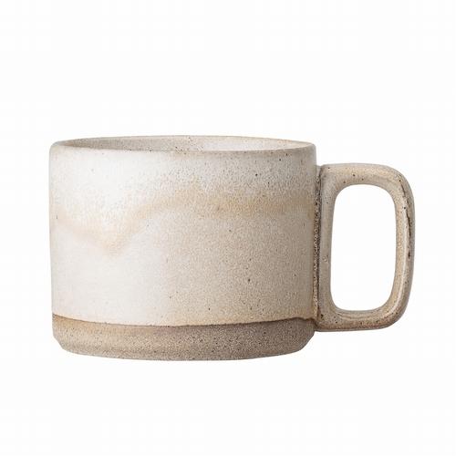 Tombez sous le charme de cette magnifique tasse en grès