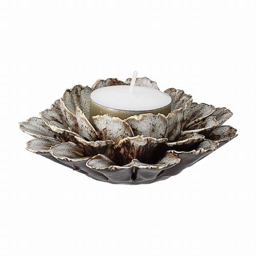 Ce joli photophore votif en céramique saura ajouter la
