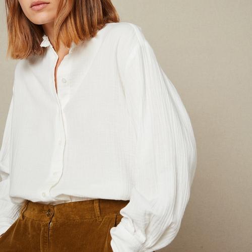 Tombez sous le charme de cette très jolie chemise mi-matière