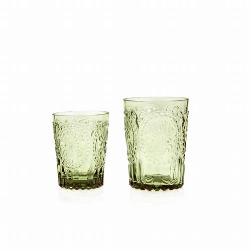 Verre fleur de lys vert S .  Cette collection de verres est