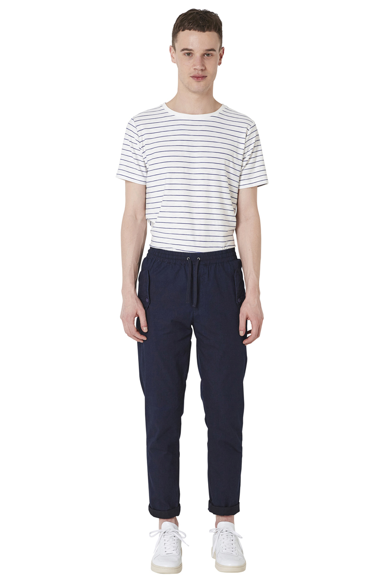 - Revisited military pant - Indigo dyed - Carotte fit -