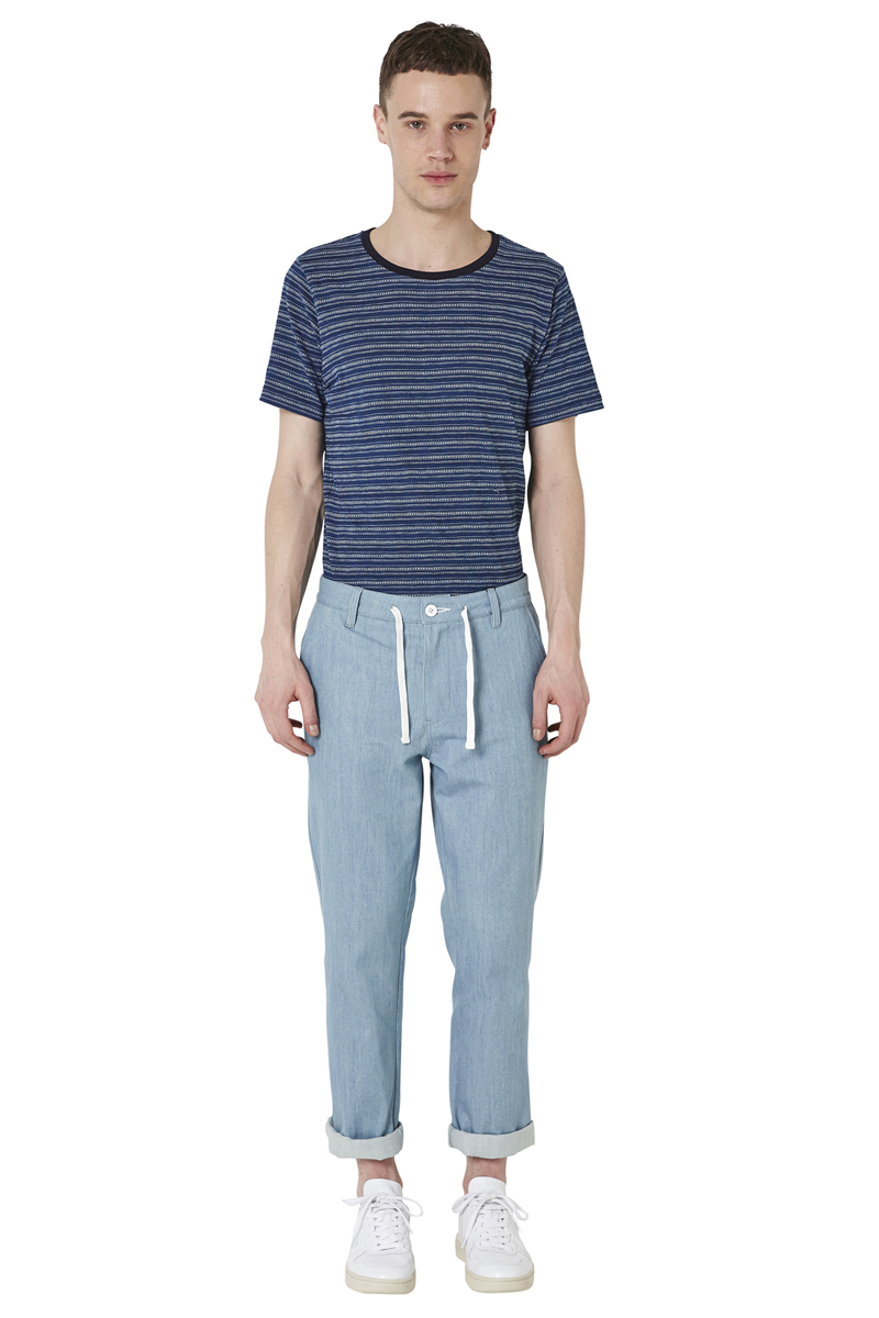 - Denim trouser - Tapered fit - Belt loop and drawstring - 4