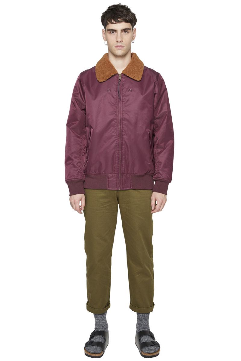 - Nylon bomber jacket - Polyester fur collar - Multiple
