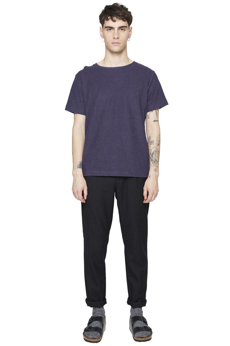 - Cotton jersey T-Shirt - Round collar - Textured sponge